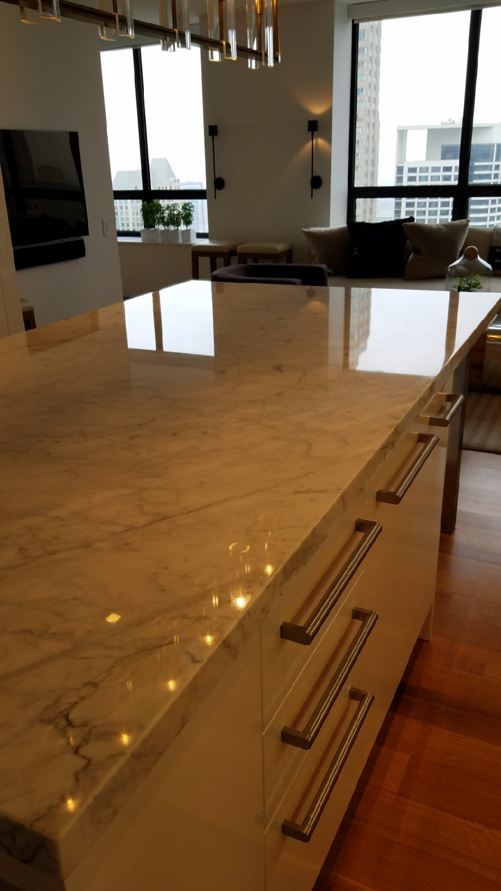 White Marble Kitchen Counter